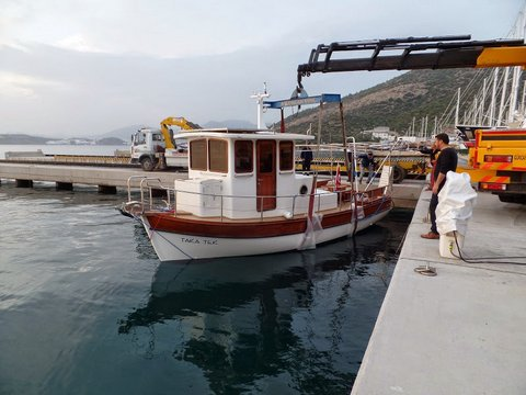 Trawler  Fishing Vessel model 2015 laminated wood