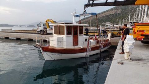 Trawler  Fishing Vessel model 2015 laminated wood