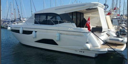 Motorboat for Sale / 12.6 m , Bavaria R40 Coupe, 2017