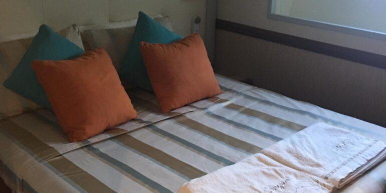 Bedroom 2 Maestro 82' 2012